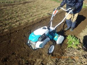 耕運機の試運転を兼ねて